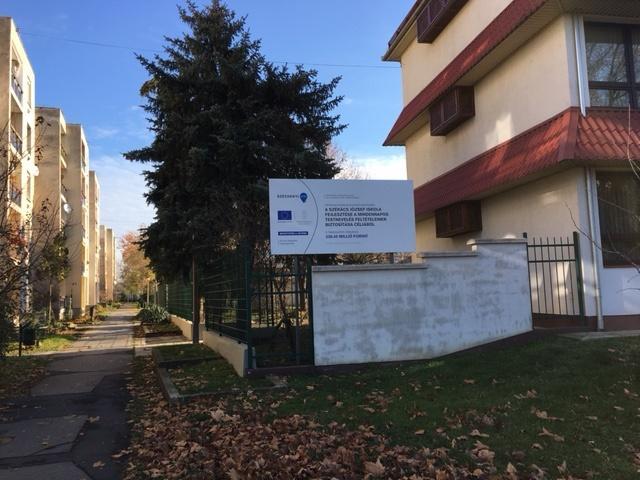 Az orosházi Székács József Evangélikus Óvoda, Általános Iskola és Gimnáziumban tornaszoba, valamint sportudvar kialakítása